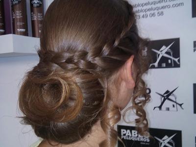 Recogido mujer para ceromia en Valencia - Pablo peluqueros